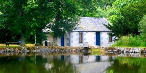 pond-cottage